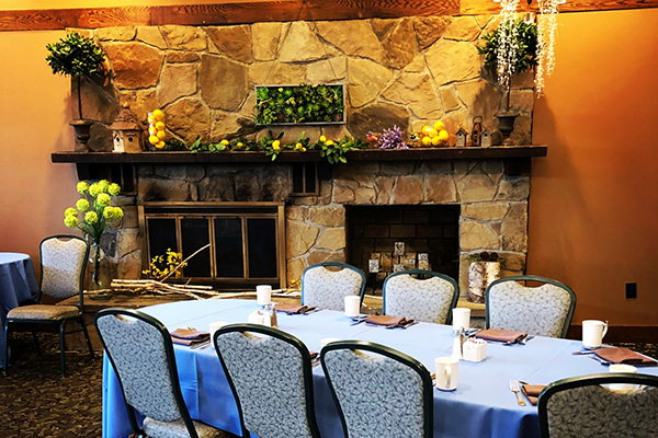 turf tavern banquet room blue table cloths with coffee